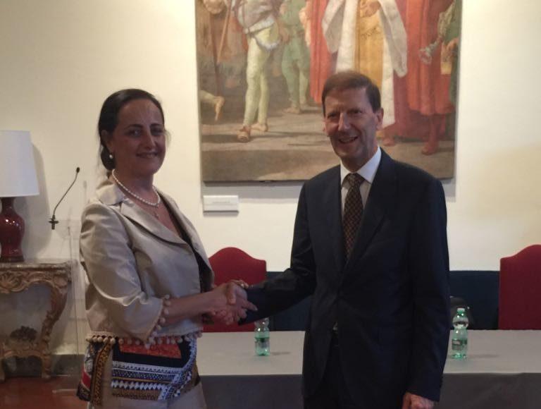 Giovanna Ferrara e ambasciatore svizzero Giancarlo kessler