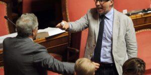 GOVERNO: LAURO (UNIMPRESA), SPACCHETTAMENTO MINISTERI ULTIMO ATTO CORRUTTELA POLITICA